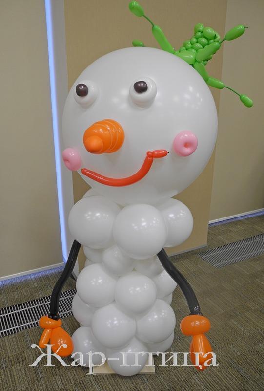 Снеговик Ванька, высота ок. 150 см - 750 руб.